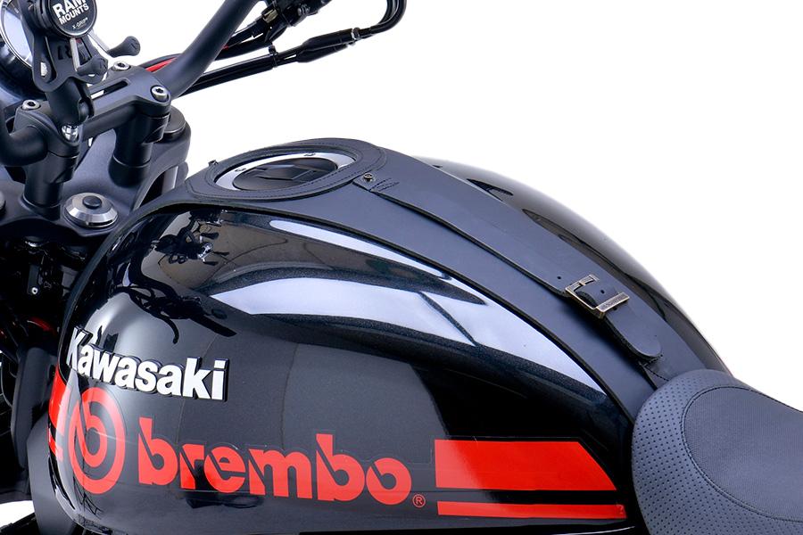 KAWASAKI Z900RS 2018年モデル タンクパネル取り付けイメージ