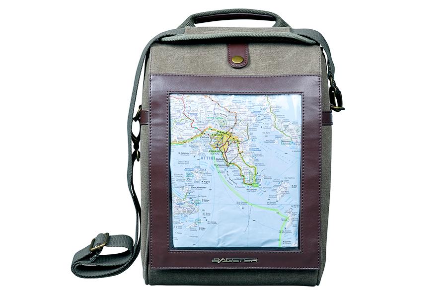 取り外し後は、付属のショルダーベルトで、ショルダーバッグとしてもご使用いただけます。