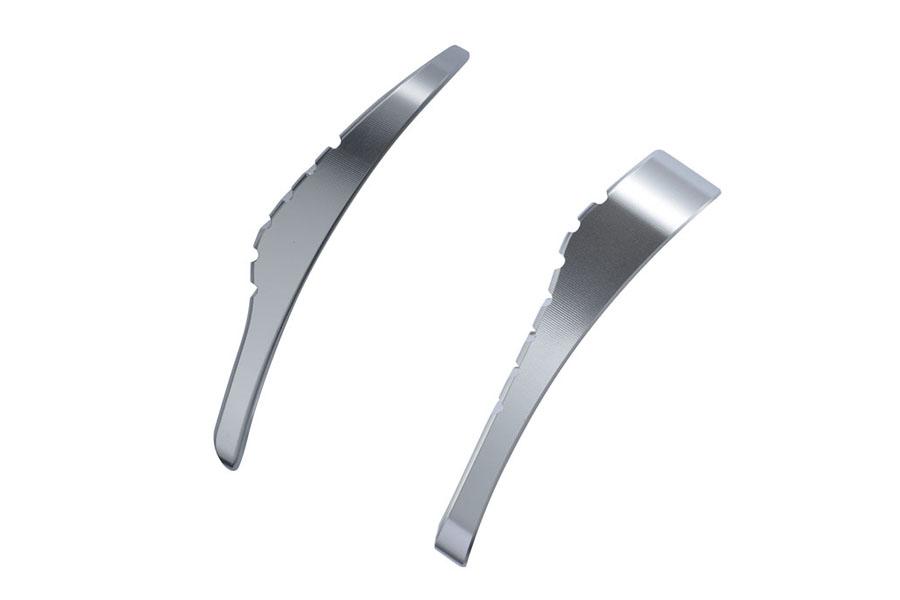独特な凸部をもつペダル面形状で滑りにくくしています