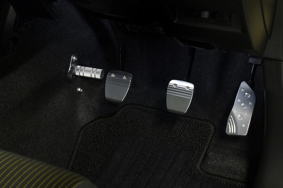 ジムニー(JB64W)/ジムニーシエラ(JB74W) MT車装着イメージ